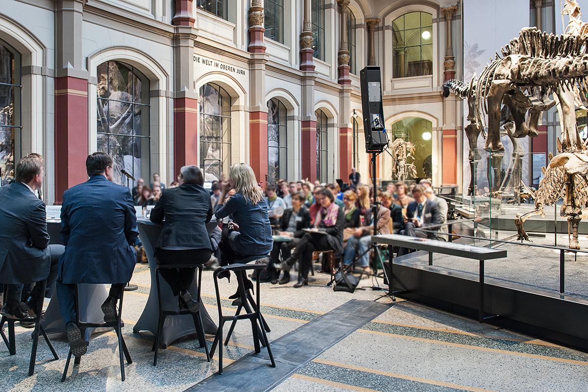 Podiumsdiskussion im Sauriersaal mit anschließendem Empfang, Foto: (c) Carola Radke
