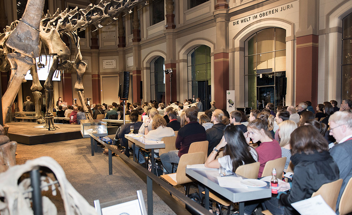 Publikum im Sauriersaal, Foto: Hwa Ja Götz